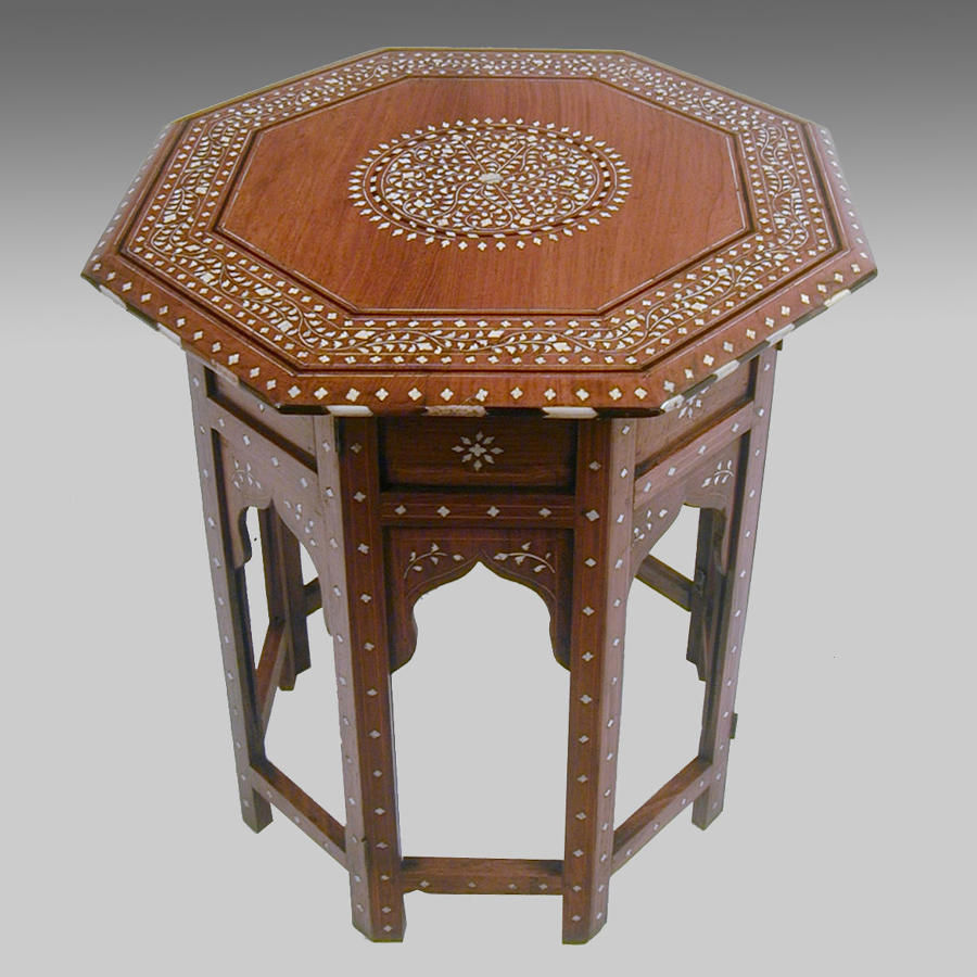 Late 19th century Anglo Indian inlaid shisham table