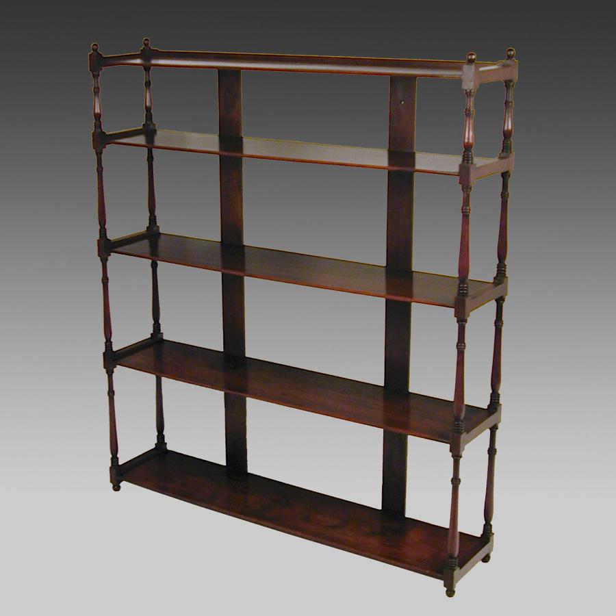 Georgian mahogany hanging or standing shelves