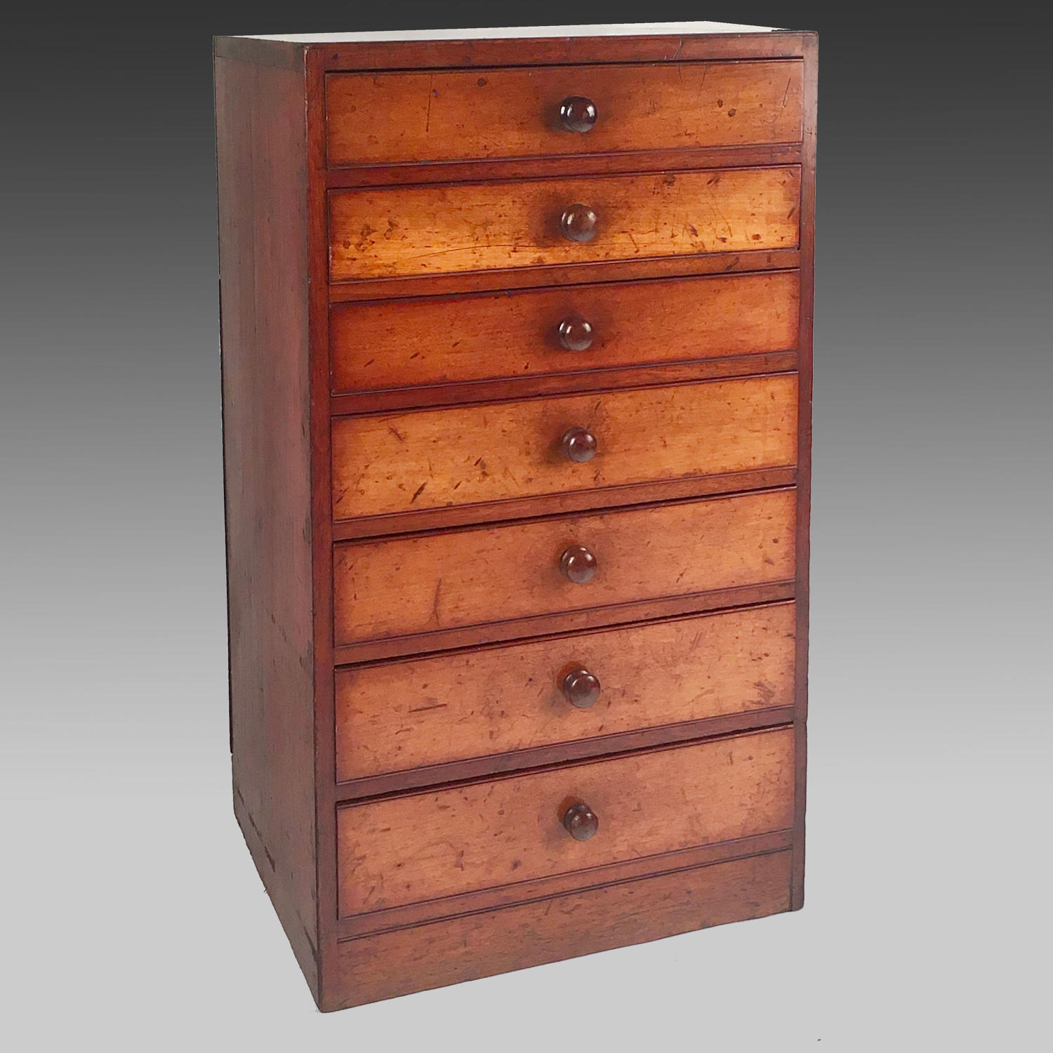 Tall Georgian mahogany chest of drawers