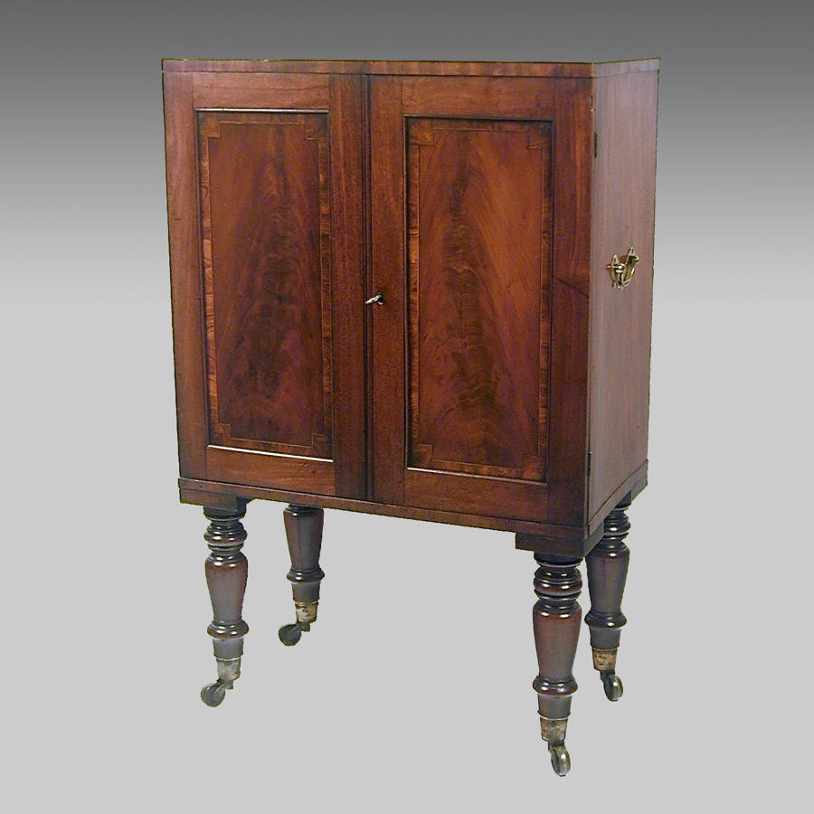 Small Sheraton mahogany collector's cabinet on stand