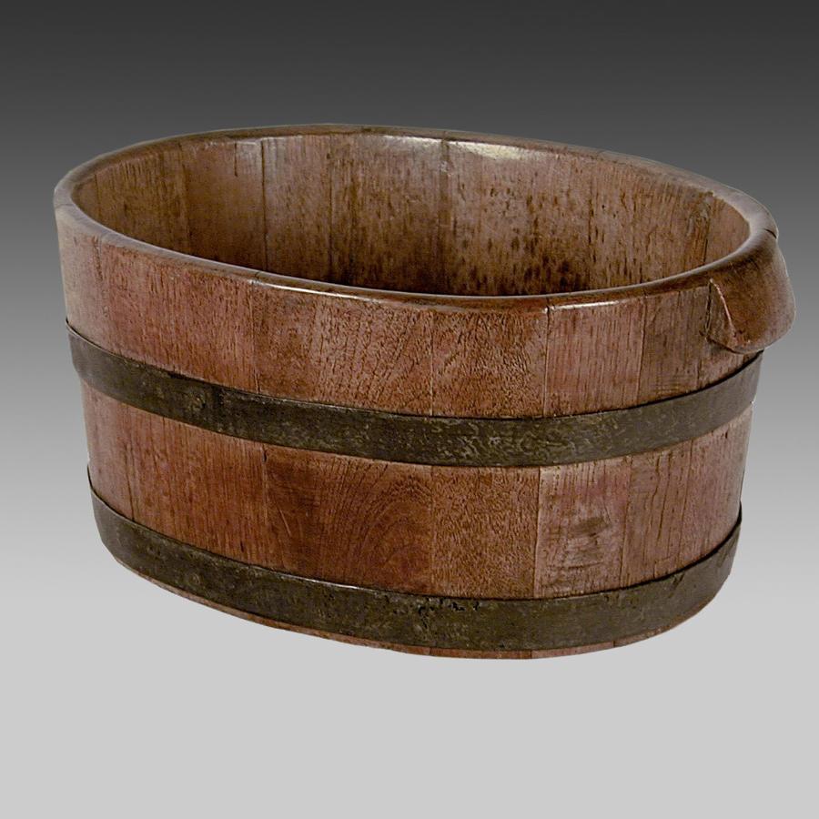 Georgian oak oyster bucket
