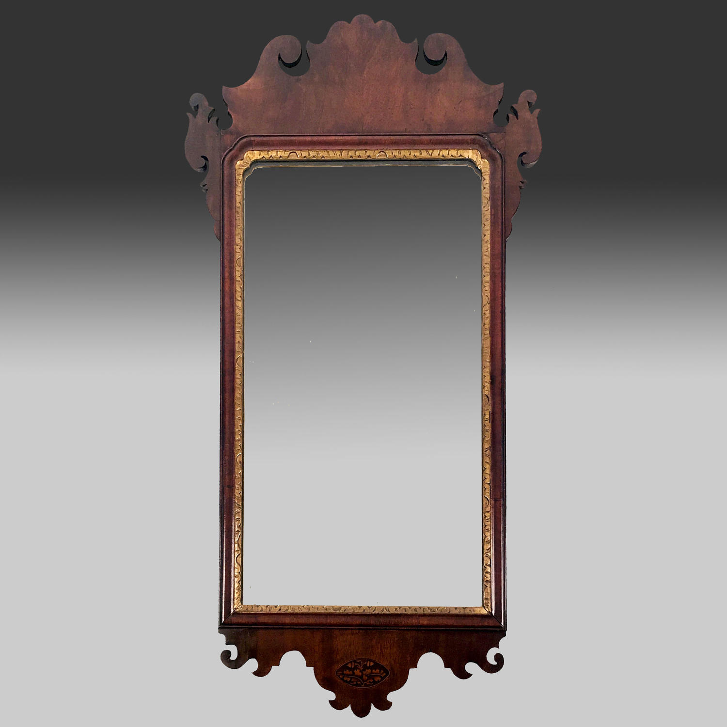 Georgian mahogany portrait mirror