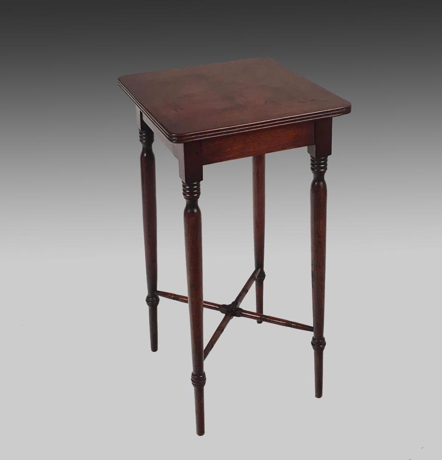 Small Regency mahogany centre table