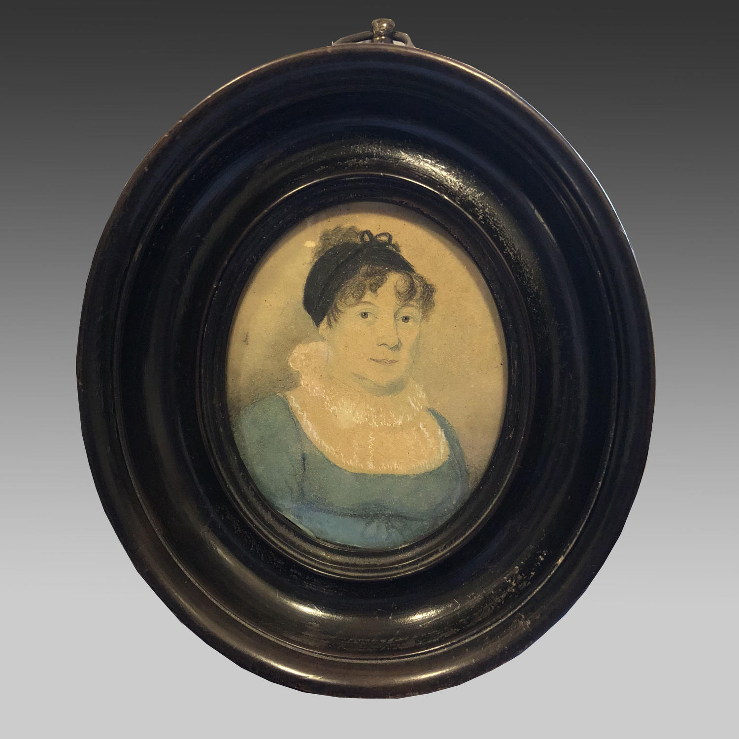 Regency oval miniature of a lady