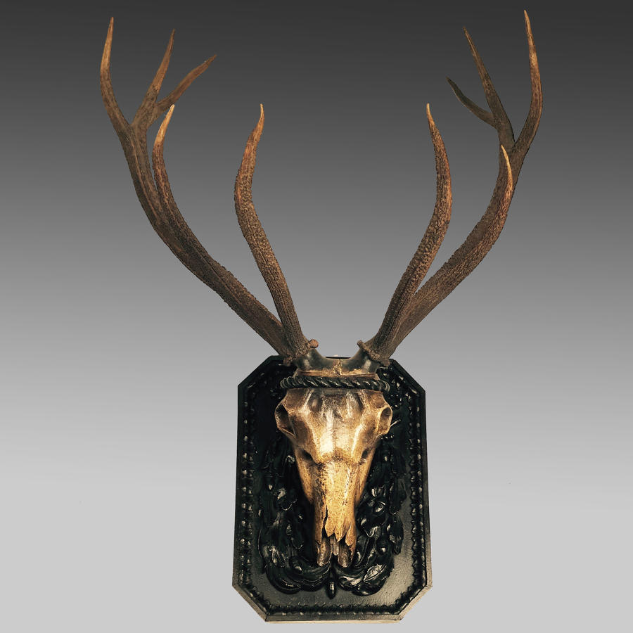 18th century carved stag's head