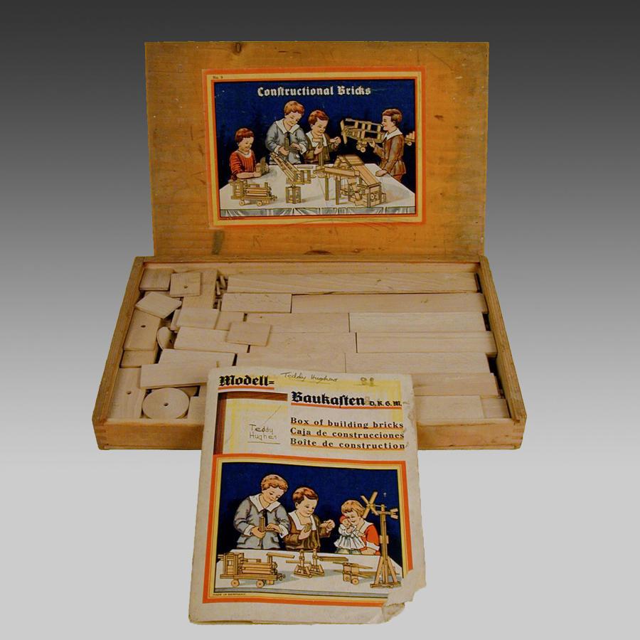 Vintage German boxed set of constructional building bricks