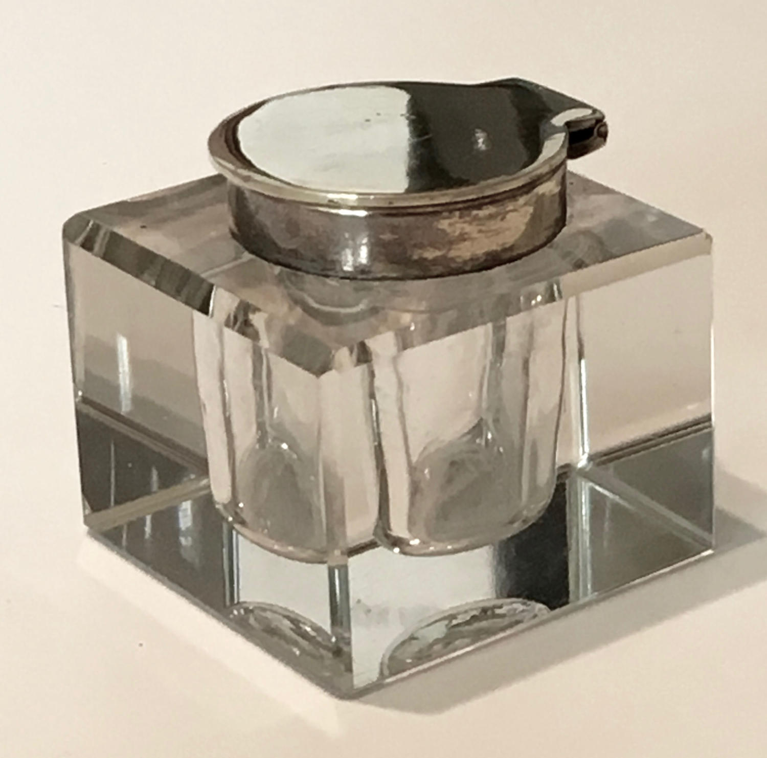 Edwardian glass inkwell