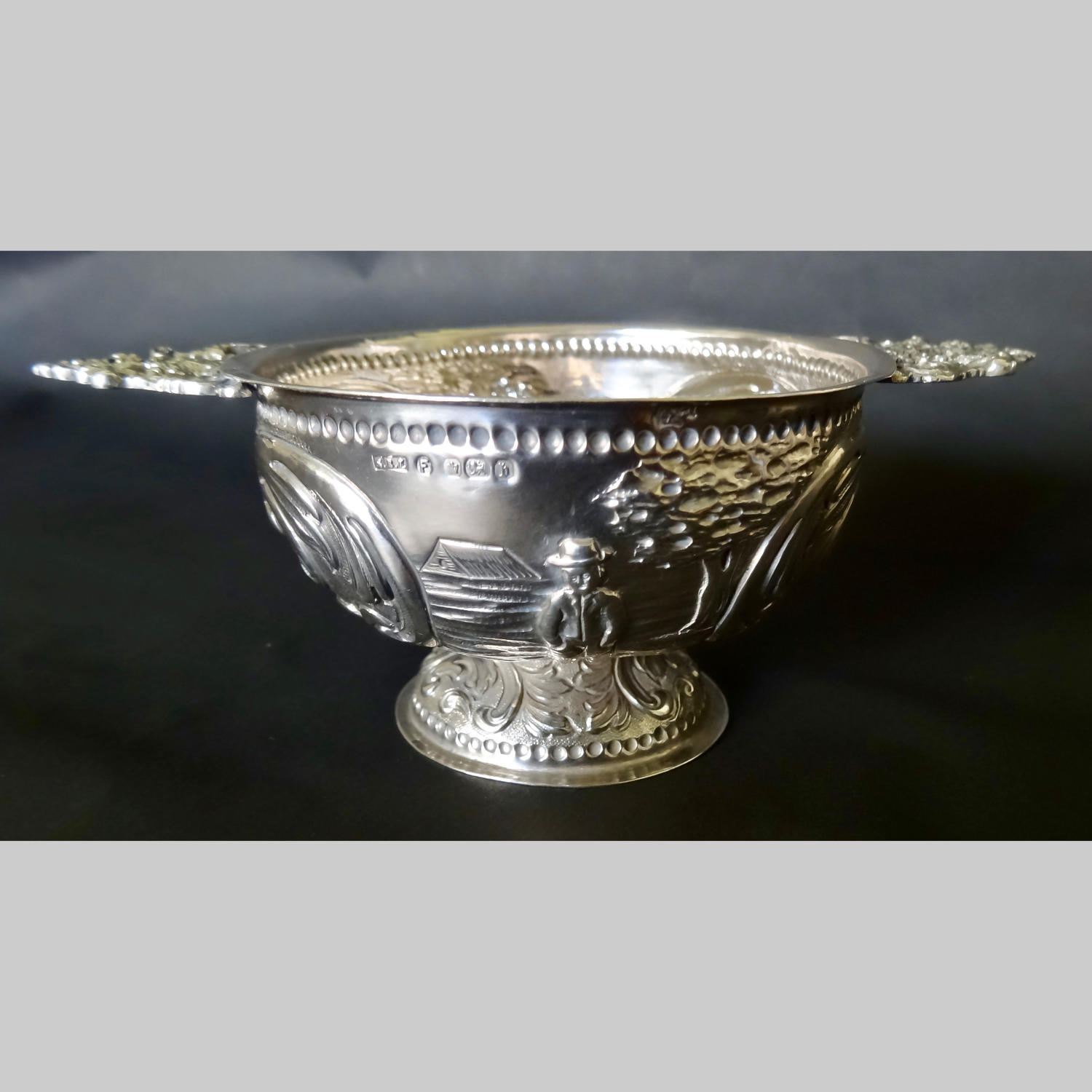 Dutch repoussé antique silver brandy bowl - BRANDEWIJNSKOPPEN