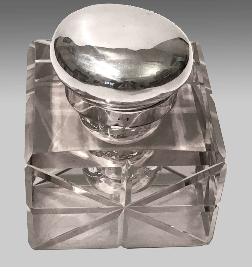 Victorian silver-mounted glass inkwell,