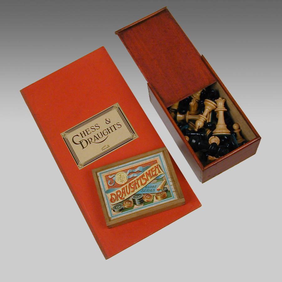 Vintage English boxed Chessmen and Dominoes with folding board