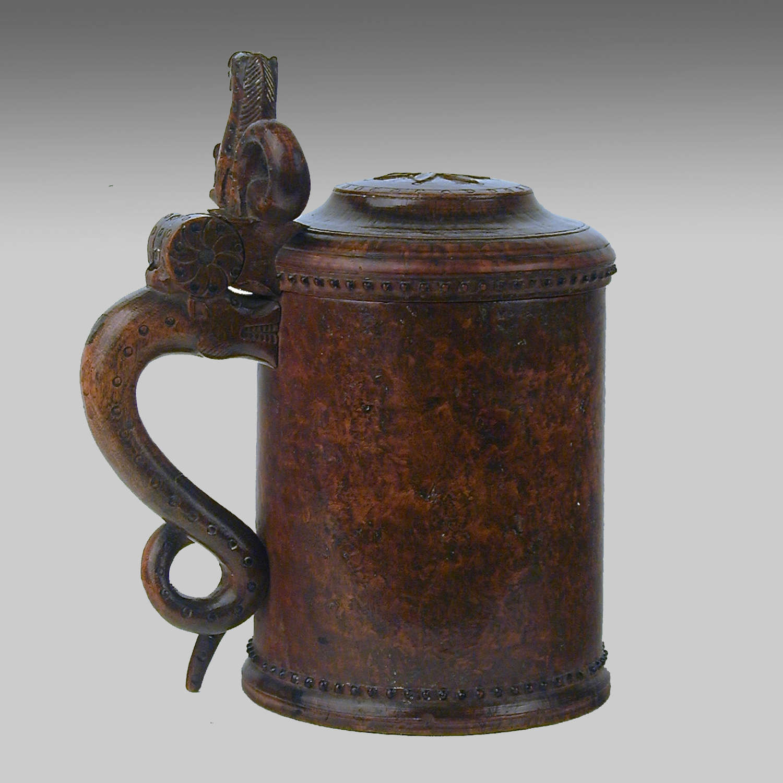 18th century antique Norwegian burr birch tankard