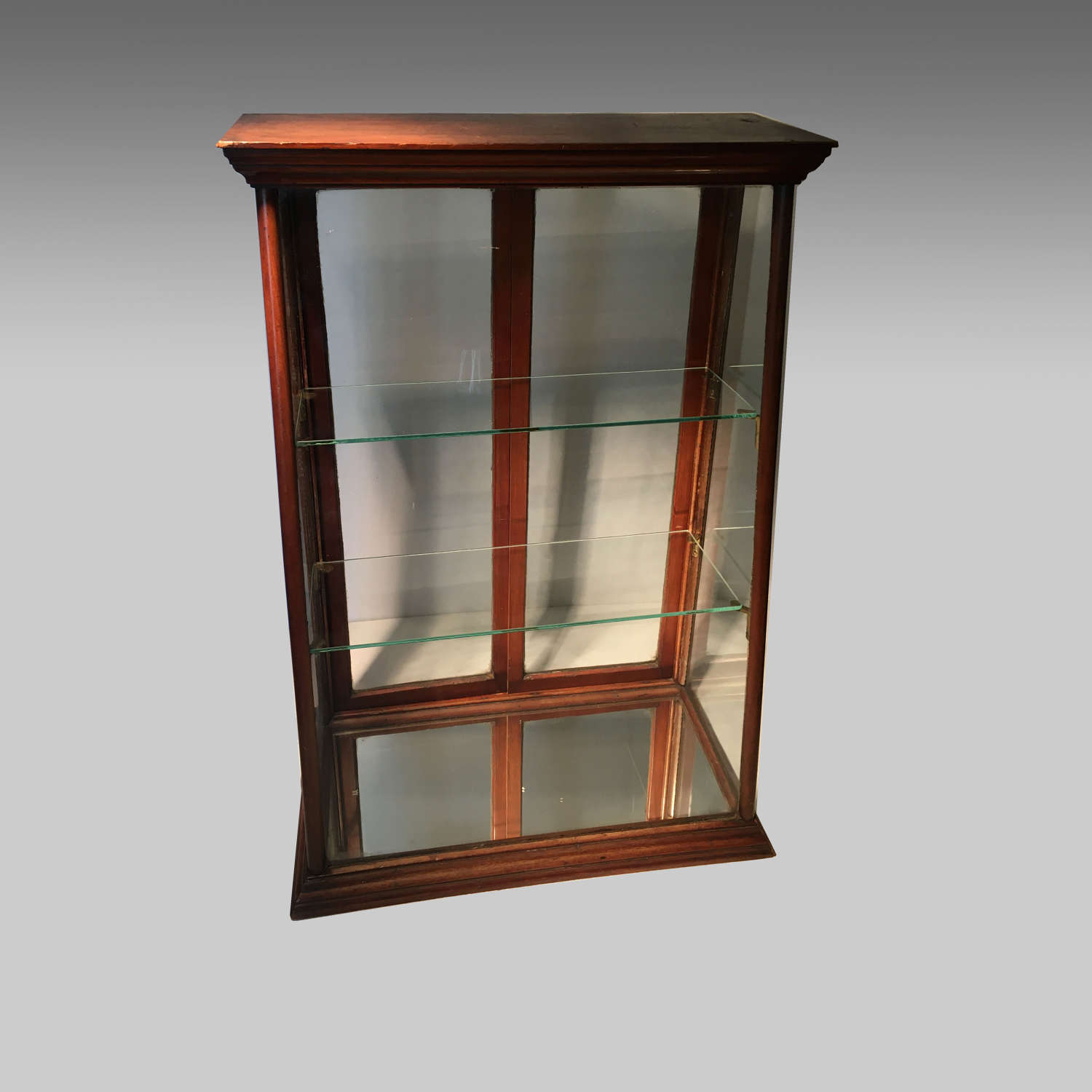 Victorian mahogany counter-top display cabinet