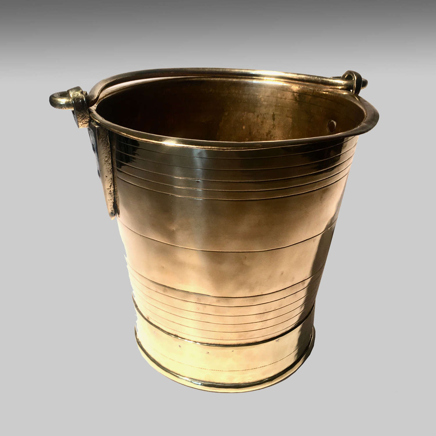 19th century Colonial Indian brass campaign bucket