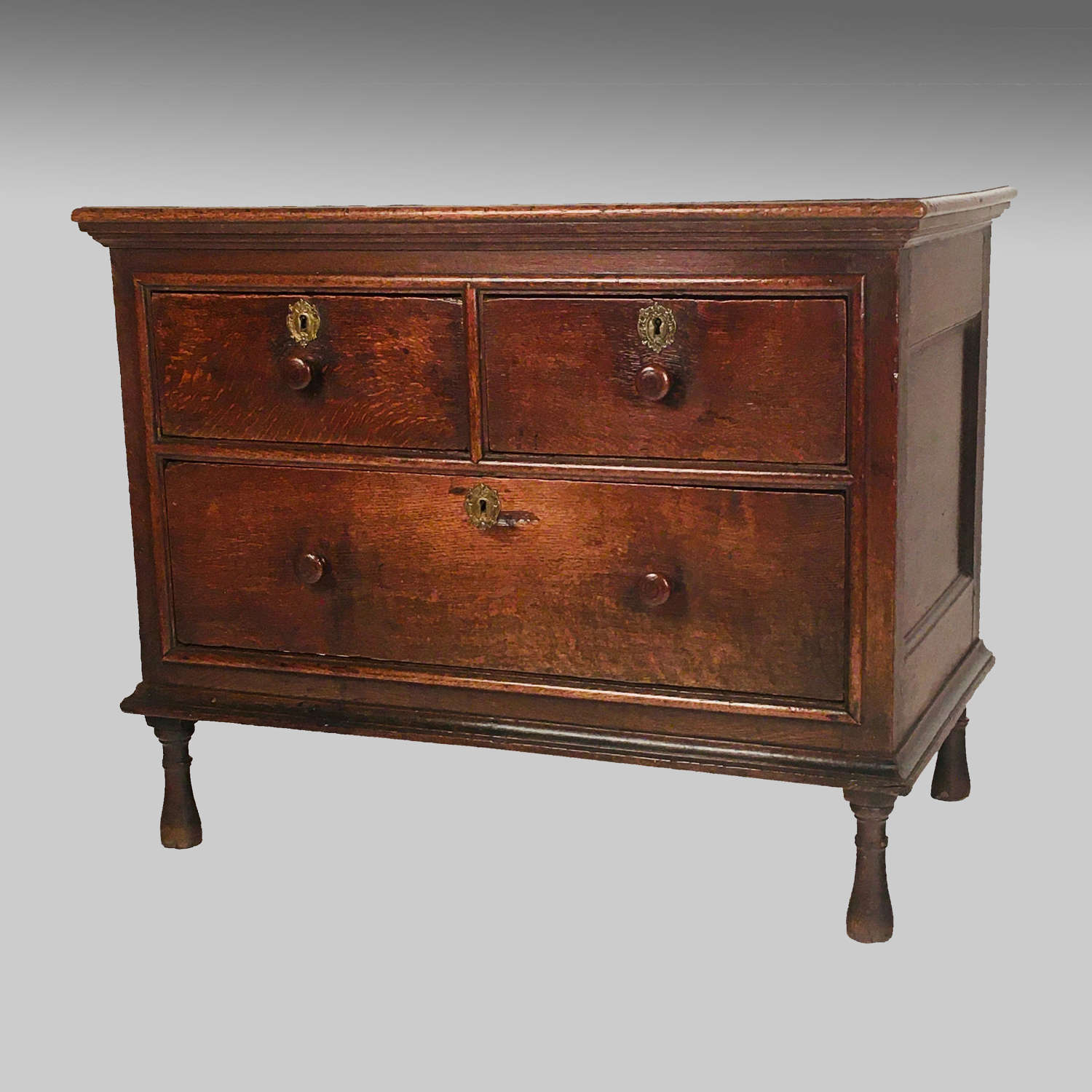 Late 17th century boarded and panelled oak chest
