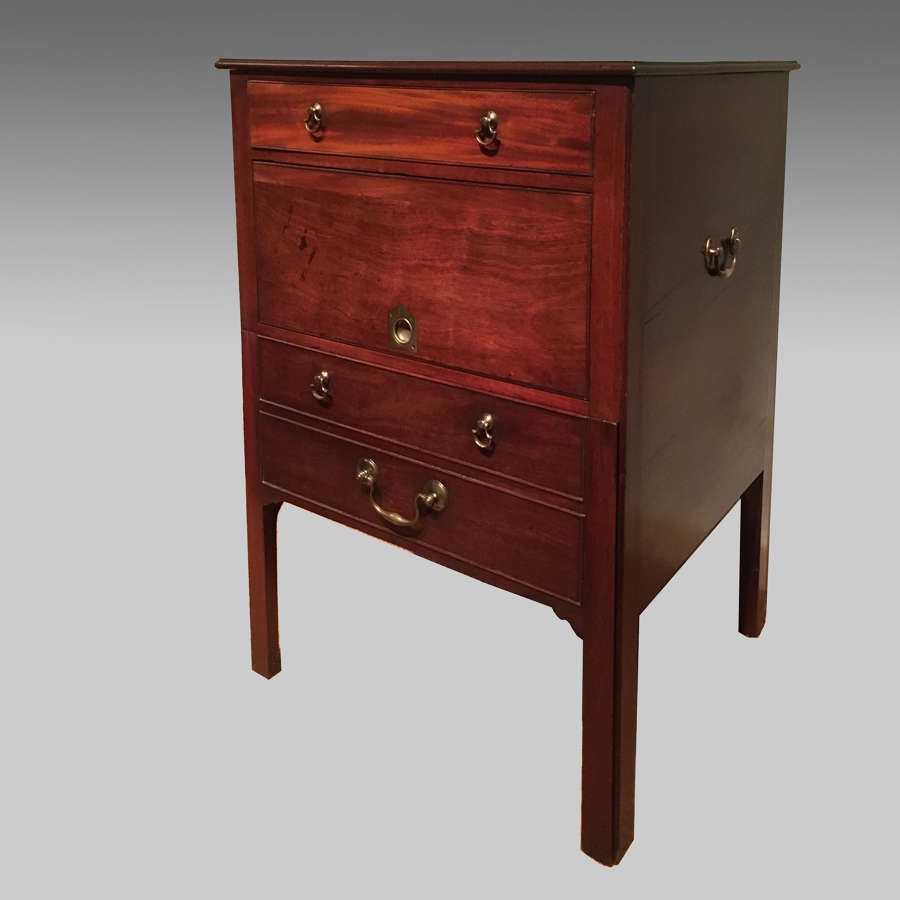 George 111 mahogany bedside cabinet