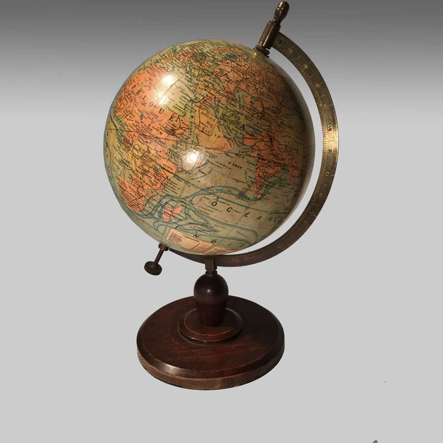 French 'Globe Terrestre' by J.Forest