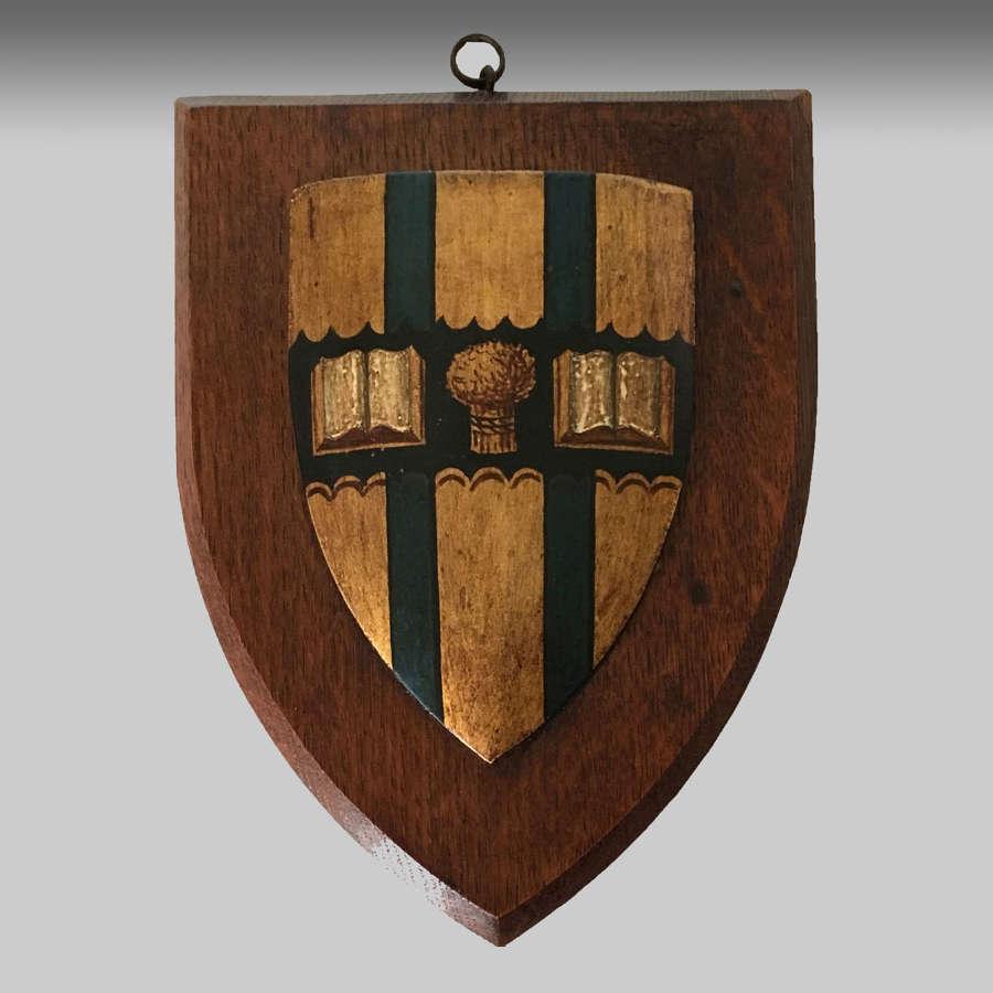 Armorial crest